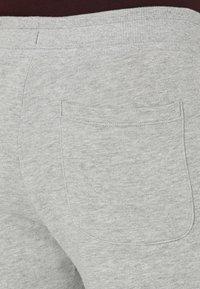 Jack & Jones - Pantalones deportivos - light grey melange - 4