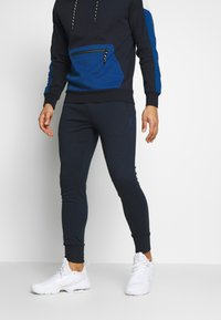 Jack & Jones - JJWILL PANTS - Verryttelyhousut - sky captain - 0