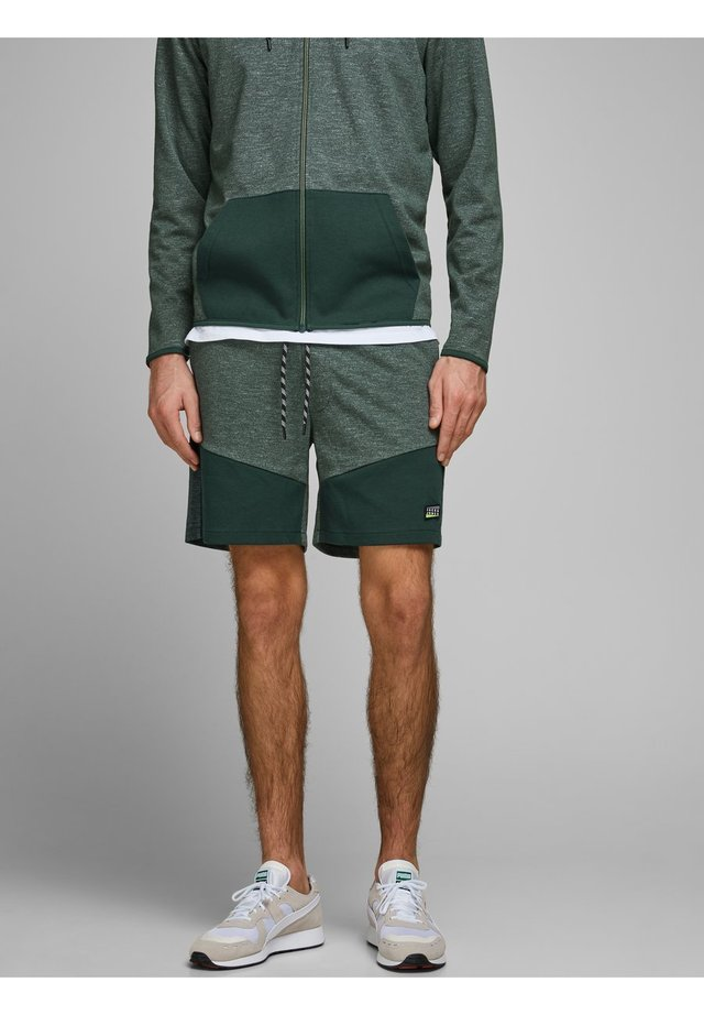 JJICOLT - Sports shorts - darkest spruce