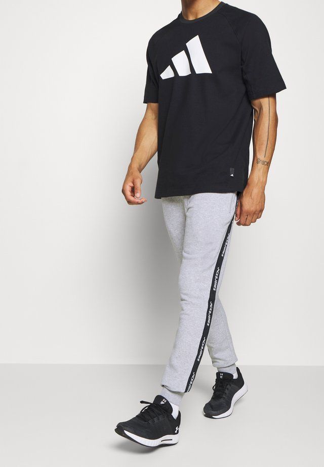 JJIWILL JJTRAIN PANT - Jogginghose - light grey melange