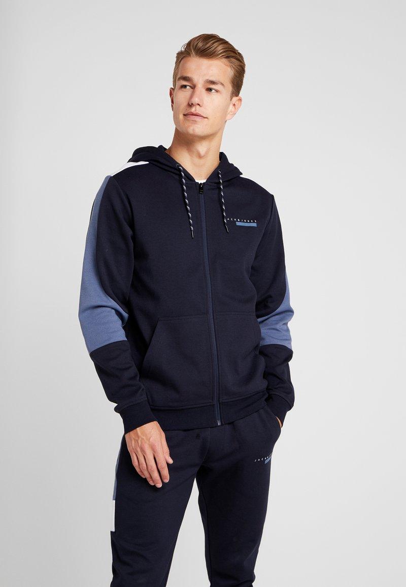 Jack & Jones - JCOJOEY - Zip-up hoodie - sky captain