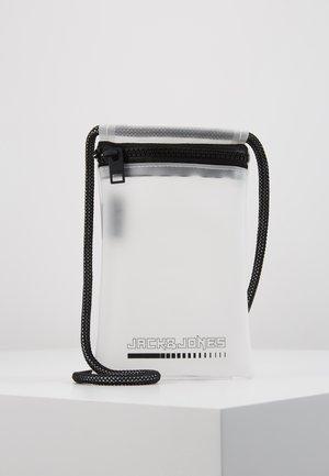 JACCLEAR PHONECASE - Mobiltasker - white