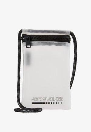 JACCLEAR PHONECASE - Obal na telefon - white