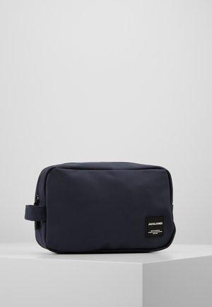 JACPETE TOILETRY BAG - Kosmetyczka - navy blazer