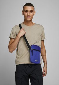 Jack & Jones - Borsa a tracolla - surf the web - 1