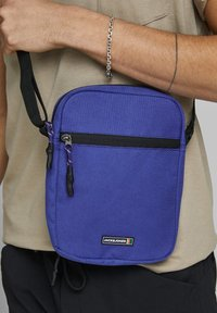 Jack & Jones - Borsa a tracolla - surf the web - 2