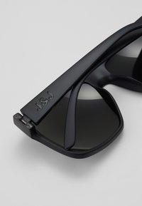 Jack & Jones - JACMAVERICK SUNGLASSES - Sunglasses - dark grey - 3