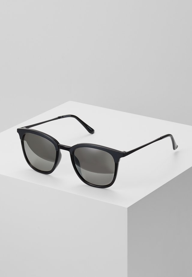 JACMAVERICK SUNGLASSES - Aurinkolasit - black