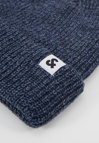 Jack & Jones - JACTWISTED SHORT BEANIE - Čepice - navy blazer/china blue - 5