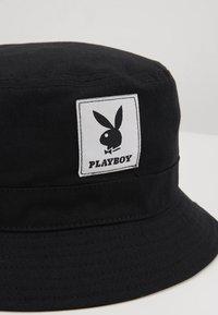 Jack & Jones - JACPLAYBOY BUCKET HAT - Hat - black - 4
