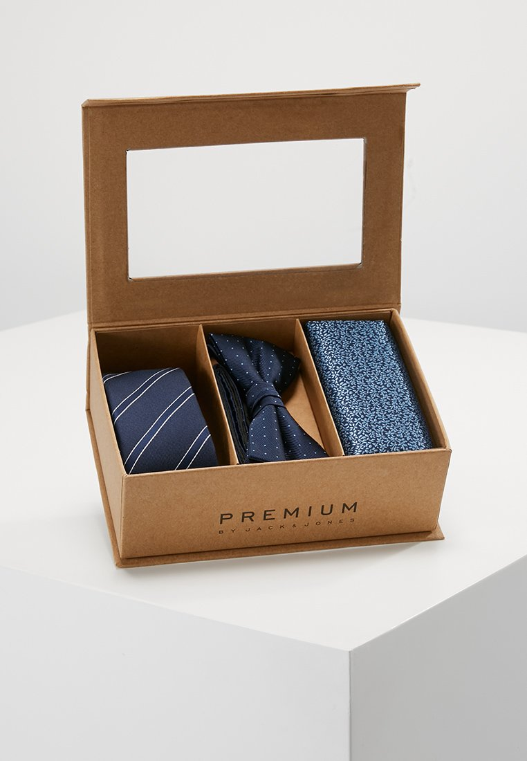 Jack & Jones - JACNECKTIE GIFT BOX - Pocket square - navy blazer