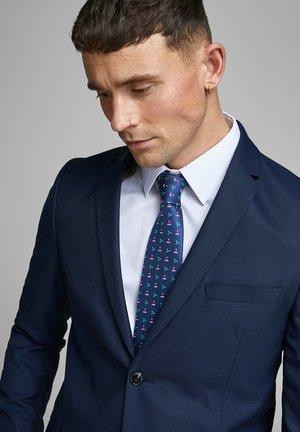 Cravatta - navy blazer
