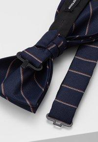 Jack & Jones - WILLIAM BOWTIE - Pajarita - navy blazer/stripes - 2