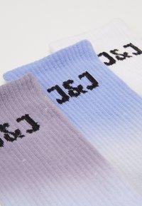 Jack & Jones - JACDIP DYED TENNIS 3 PACK - Socken - surf the web/navy blazer /black - 1
