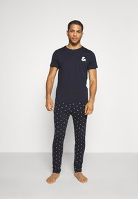 Jack & Jones - JACAND LOUNGEWEAR SET - Pyjama - navy blazer - 0