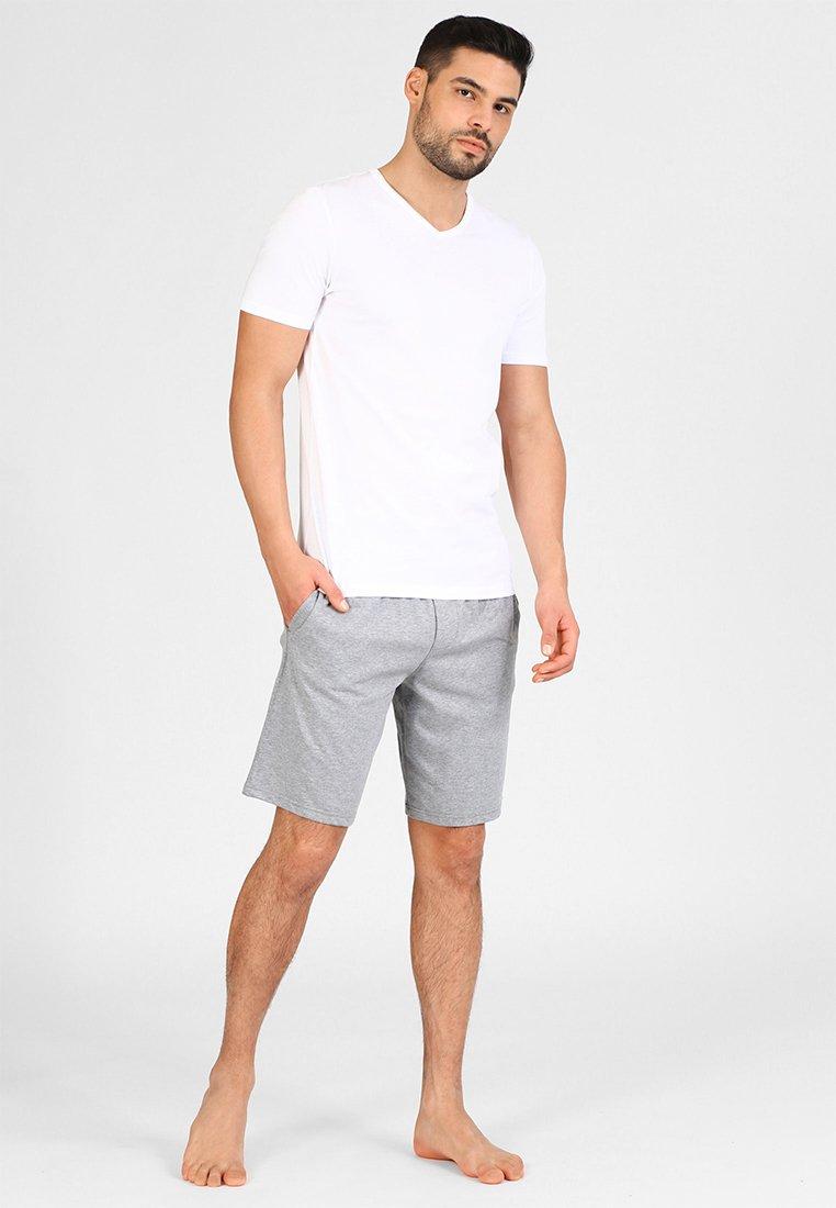 Jack & Jones - JACBASIC V-NECK TEE 2 PACK  - Unterhemd/-shirt - white