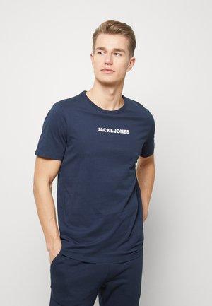 JACLOUNGE TEE - Pyjamasoverdel - navy blazer
