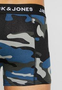 Jack & Jones - JACARMY TRUNKS 3 PACK  - Shorty - black/grey melange/navy blazer - 2