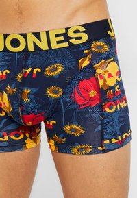 Jack & Jones - JACFELIX TRUNKS 3 PACK  - Shorty - multi-coloued - 4