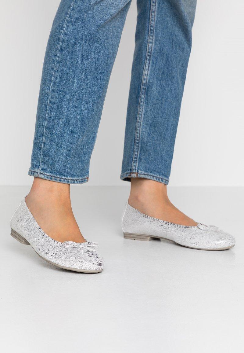 Jana - Ballerina - white