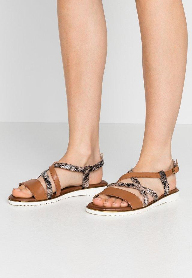 Sandals - choco