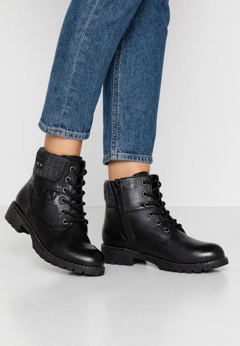 Jana - Kotníková obuv - black