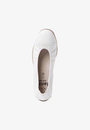 BALLERINA - Klassischer  Ballerina - white uni