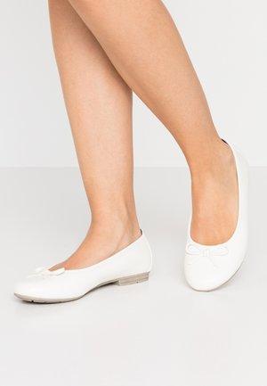Ballet pumps - white