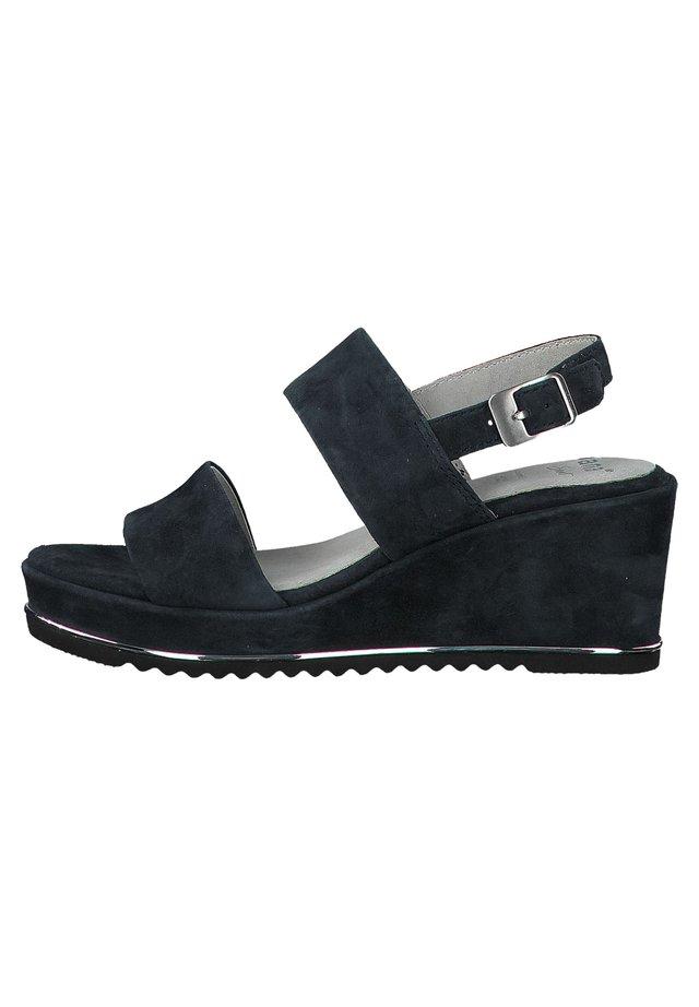 Platform sandals - navy