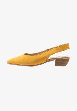 Tacones - saffron