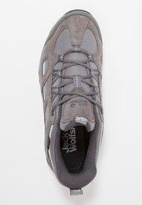 Jack Wolfskin - VOJO HIKE 2 TEXAPORE LOW - Hiking shoes - tarmac grey - 1