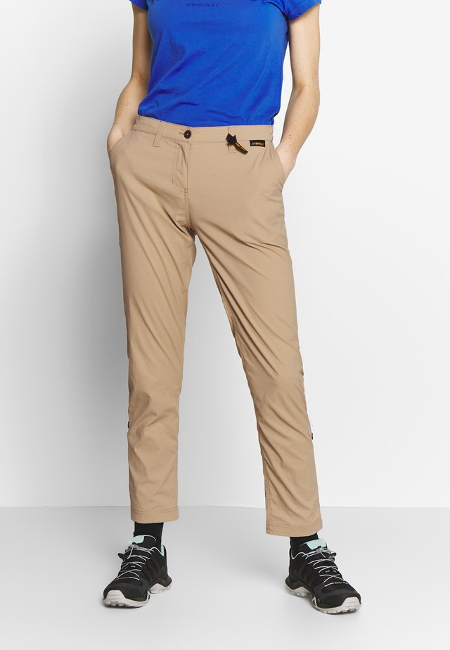 DESERT ROLL UP PANTS - Ulkohousut - sand dune