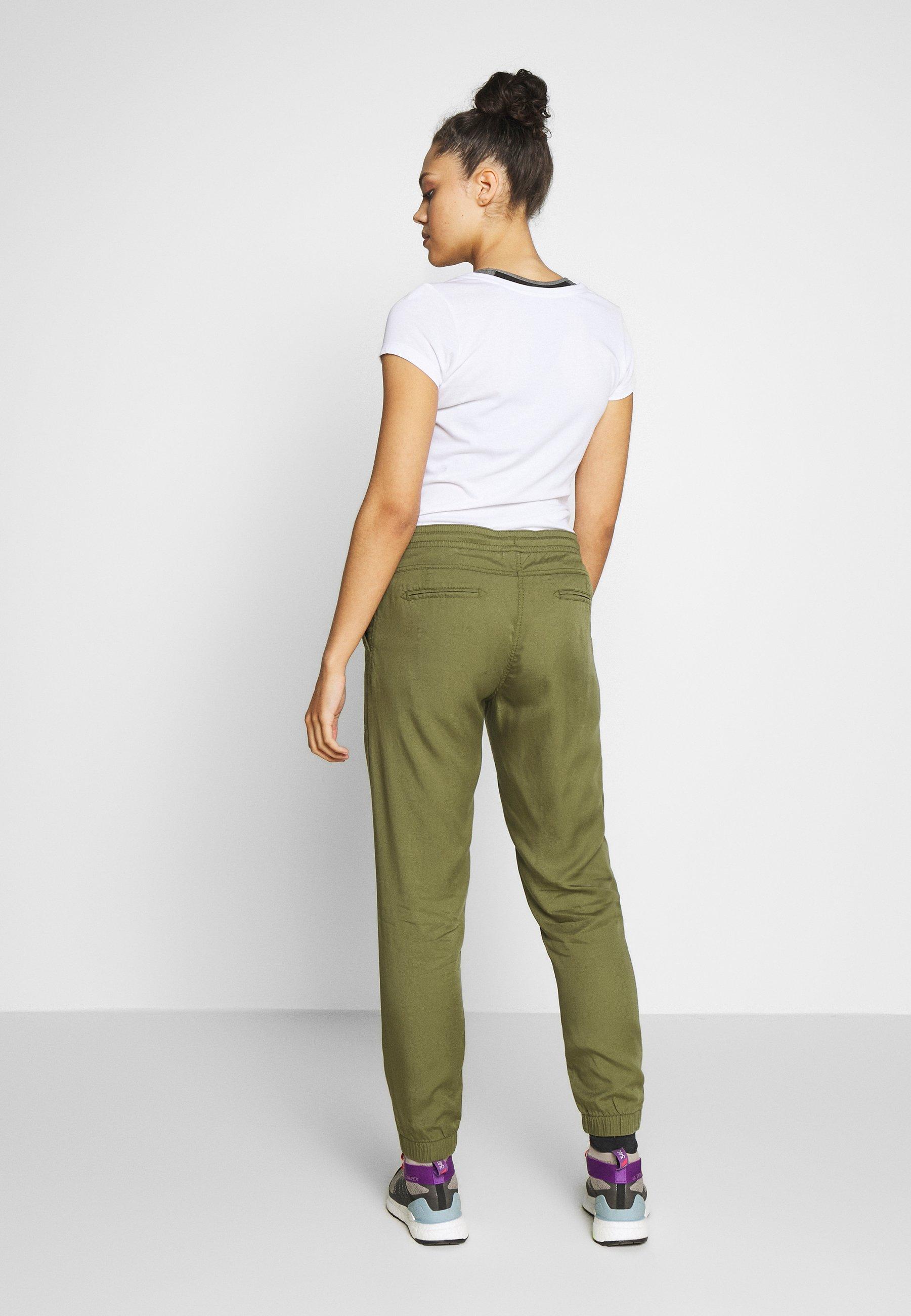 Jack Wolfskin MOJAVE PANTS - Spodnie materiałowe - delta green