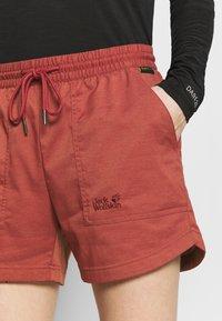 Jack Wolfskin - SENEGAL SHORTS - Sports shorts - auburn - 4