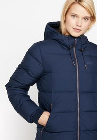 Jack Wolfskin - CRYSTAL PALACE JACKET - Down jacket - midnight blue - 3