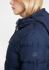 Jack Wolfskin - CRYSTAL PALACE JACKET - Dunjakke - midnight blue - 6