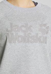 Jack Wolfskin - LOGO - Bluza - light grey - 4