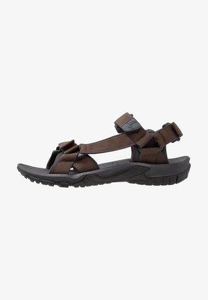 LAKEWOOD RIDE - Chodecké sandály - teak