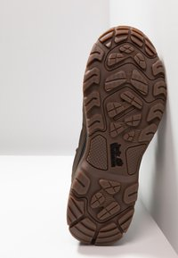 Jack Wolfskin - COLD TERRAIN TEXAPORE MID - Winter boots - coconut brown/black - 4