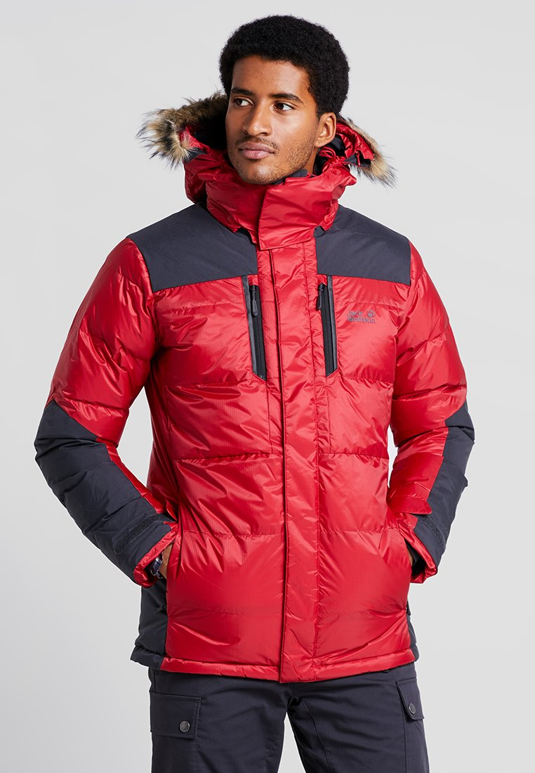 Jack Wolfskin - THE COOK PARKA - Kurtka puchowa - red lacquer