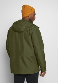 Jack Wolfskin - CAPE POINT JACKET - Hardshelljacka - dark moss - 2