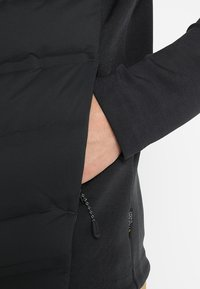 Jack Wolfskin - TASMAN JACKET - Gewatteerde jas - black - 3