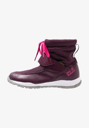 KIWI WT TEXAPORE MID - Vysoká chodecká obuv - purple/pink