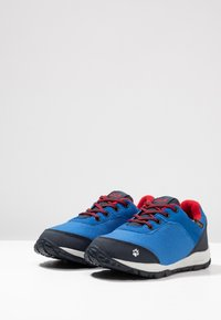 Jack Wolfskin - KIWI TEXAPORE LOW  - Zapatillas de senderismo - blue/dark blue - 3