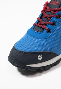 Jack Wolfskin - KIWI TEXAPORE LOW  - Zapatillas de senderismo - blue/dark blue - 2