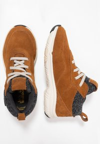 Jack Wolfskin - CITY BUG TEXAPORE LOW - Hikingschuh - desert brown/champagne - 0