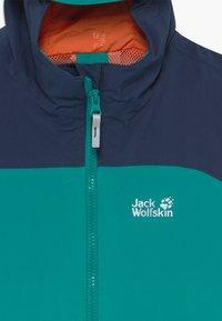 Jack Wolfskin - ROPI JACKET BOYS - Outdoorjas - green ocean - 2