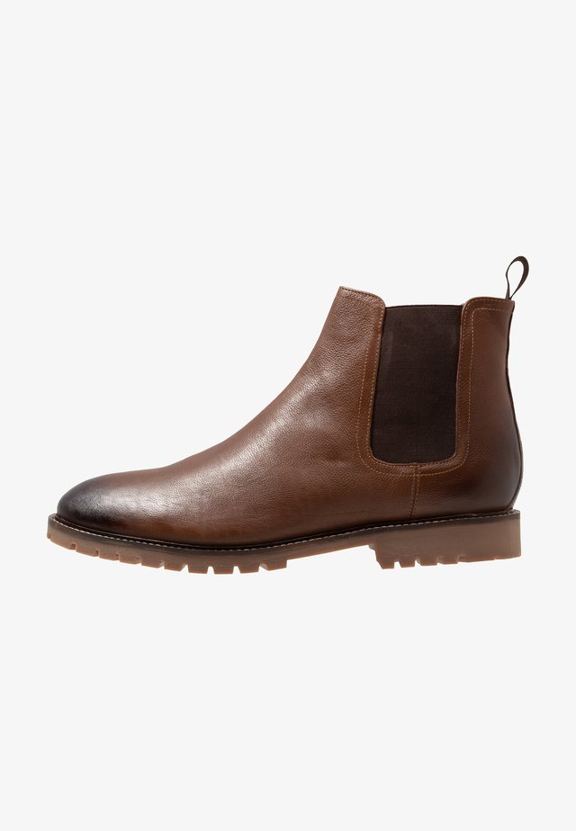 CHELSEA BOOT EXTRA WIDE FIT - Classic ankle boots - brown