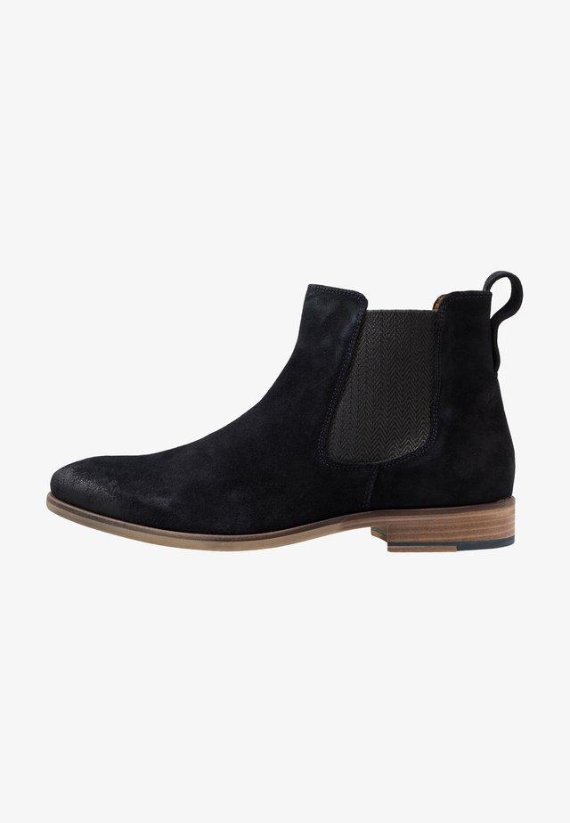 BOOTS - Kotníkové boty - navy