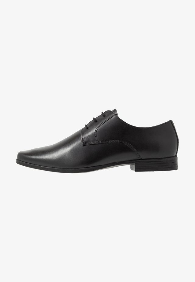 EXTRA WIDE FORMAL DERBY - Eleganta snörskor - black